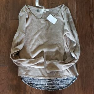 Adorable NWT YA Los Angeles Sweater S